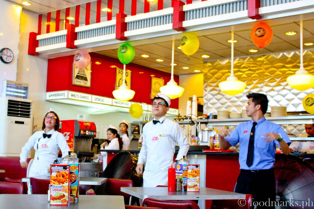Johnny Rockets: An American Diner Experience (6/6)